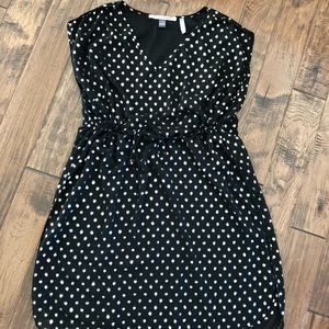 A Pea in the Pod polka dot maternity dress